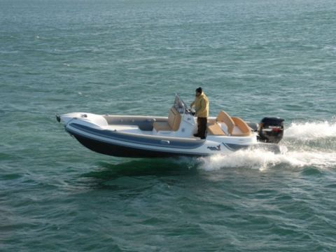 gommone MV 650 F